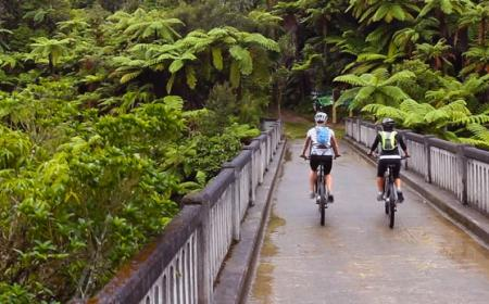 Cycling over the Bridge to Nowhere, Ruapehu